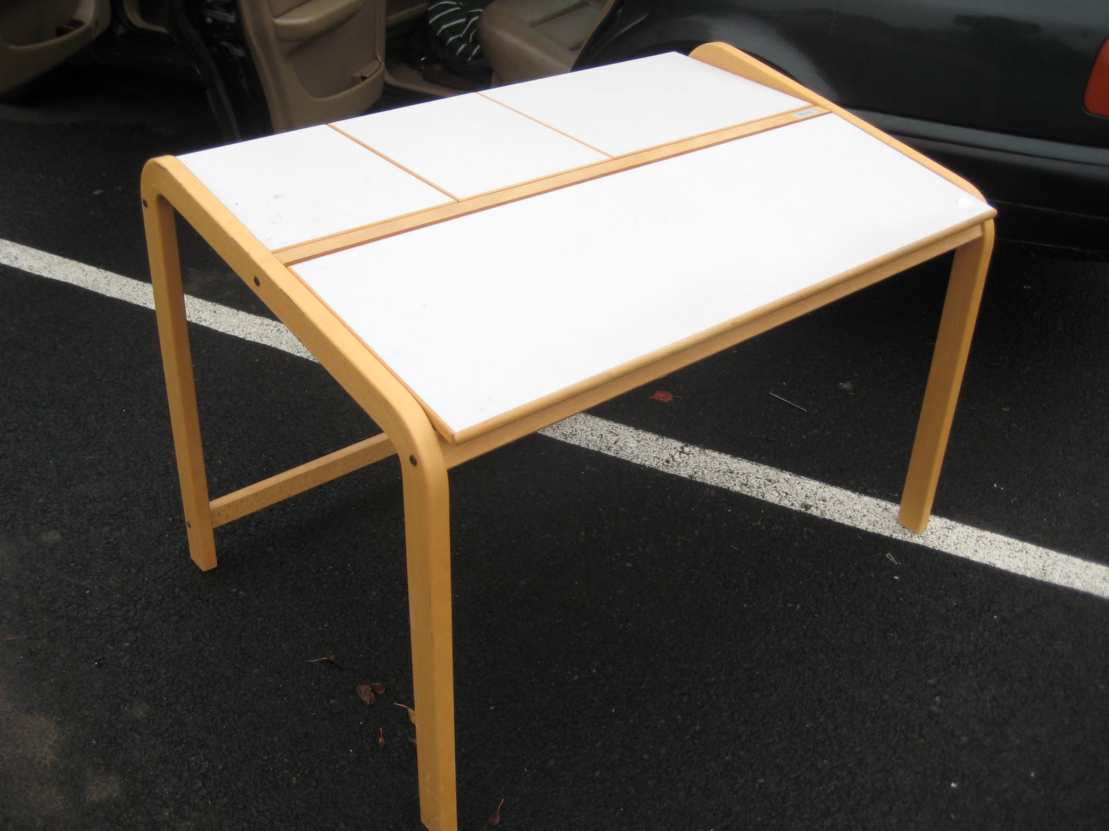 desk chair offerup natural rocking saturn room furniture for sale