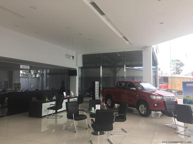 Phòng trưng bày và tư vấn hỗ trợ dịch vụ Toyota Nam Định