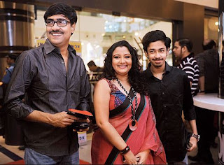 Riddhi Sen Family Wife Son Daughter Father Mother Marriage Photos Biography Profile
