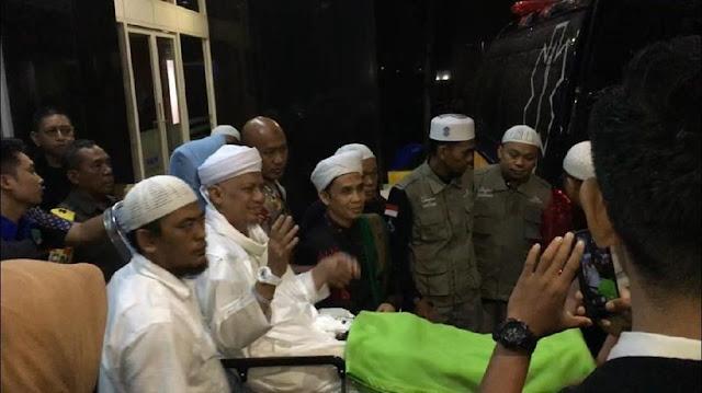 Meski Dikatakan Sudah Membaik, Ini Alasan Ustadz Arifin Ilham Dipindah ke RS Malaysia