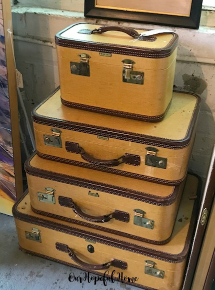 vintage luggage set train case valise suitcase