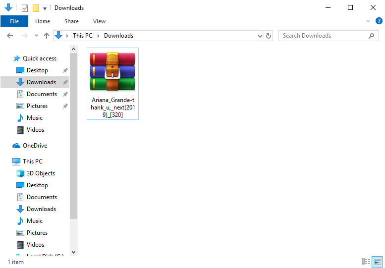 This folder tricks users into opening booby-trapped archives that plant malware on their systems