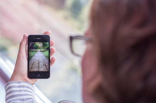 Arya App Depression psychische Erkrankung Hilfe Therapie Unterstützung Startup Kristina Wilms