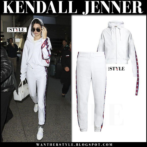Kendall Jenner in white vetements hoodie, white vetements champion sweatpants and white sneakers balenciaga what she wore streetstyle