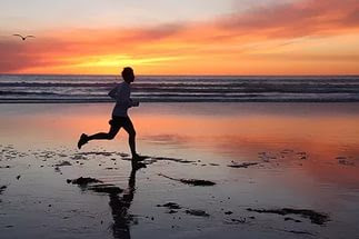 sahilde koşmak