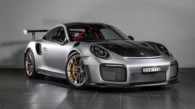 Papel de parede grátis Carro Porsche 911 GT2 RS para PC, Notebook, iPhone, Android e Tablet.