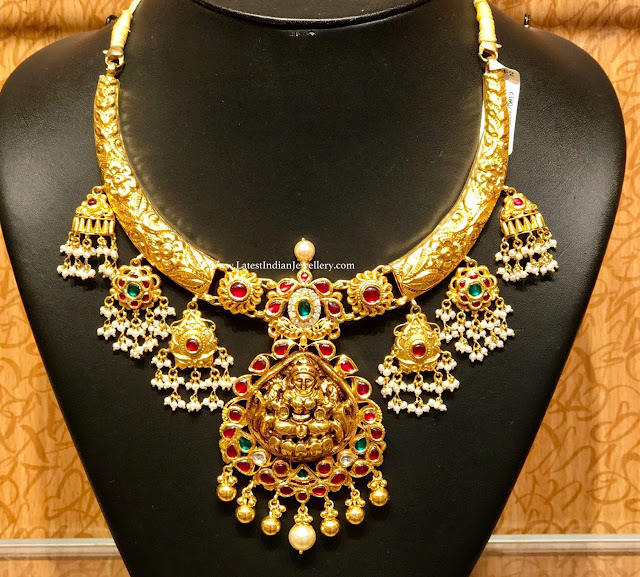 Lakshmi Hasli Necklace with Guttapusalu