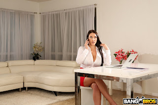 Angela White : Busty Angela Takes A BBC In Her Ass ## BANG BROS 76rlobpz55.jpg