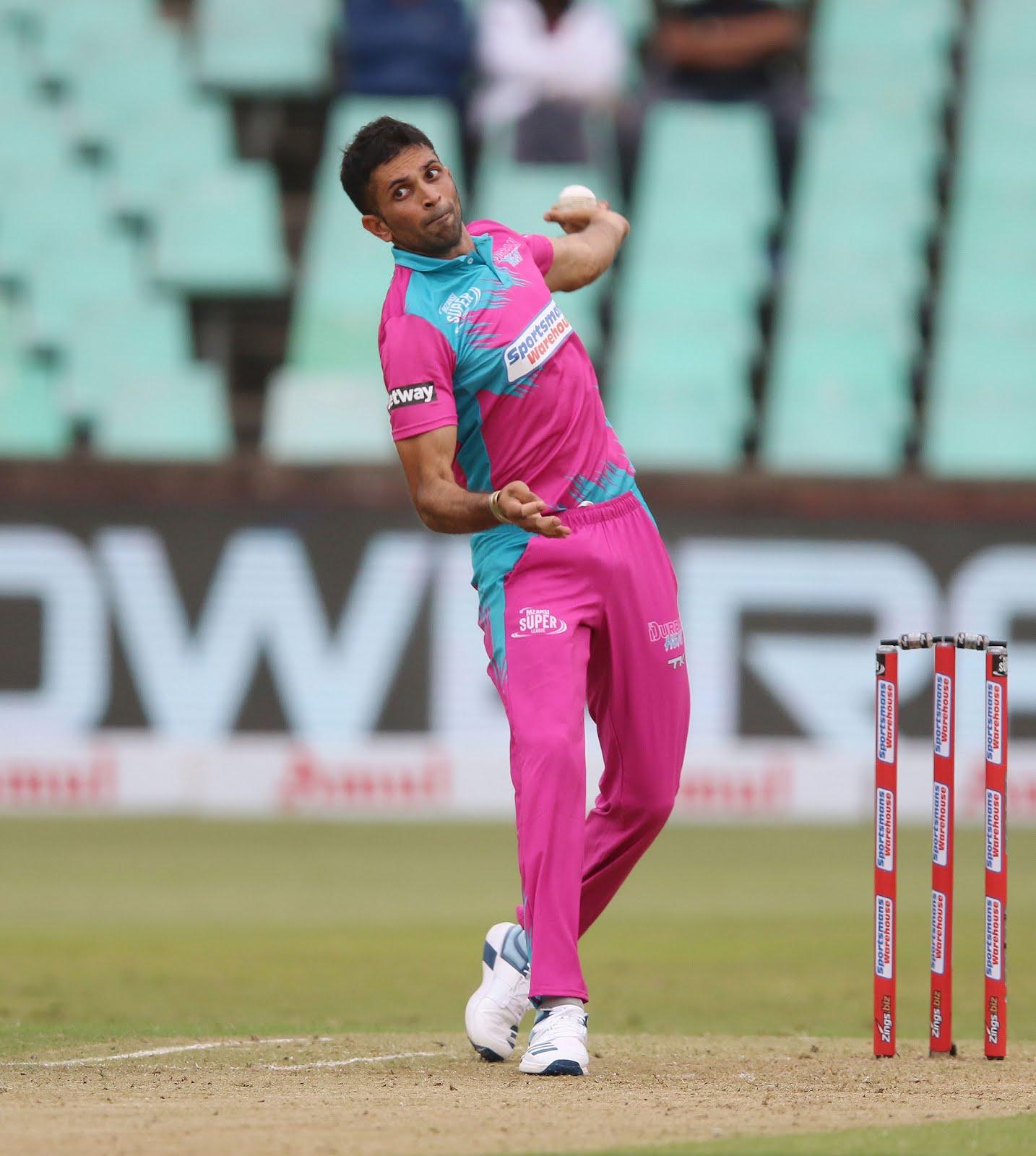 Keshav Maharaj bowls for the Durban Heat