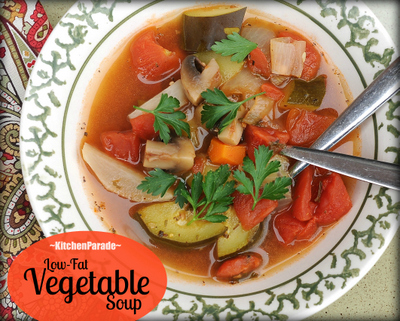 Low Fat Vegetable Soup ♥ KitchenParade.com, all-vegetable soup, packed with flavor, no added fat, lots like to the famous Weight Watchers Zero-Point Soup. Low Carb. Whole30. Gluten Free. Vegan. Weight Watchers Friendly.