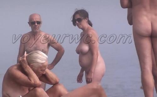 Nude Euro Beaches 18 (Nudist pussies and cunts - beach close-ups. Hidden Cam)