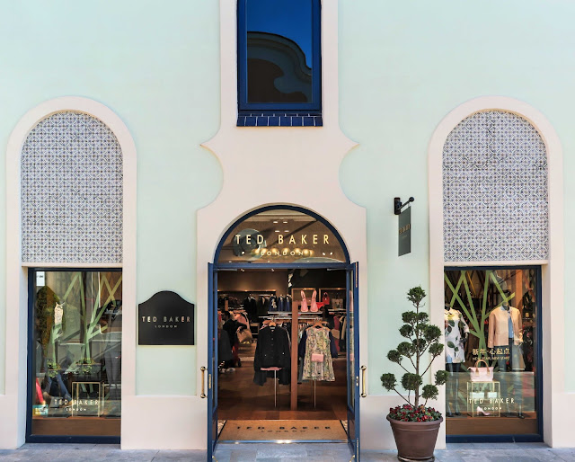 La Roca Village, Las Rozas Village, Semana Santa, outlet, tienda, shops, Suits and Shirts, Ted Baker, Pretty Ballerinas, Diesel, Calvin Klein, Hugo Boss,