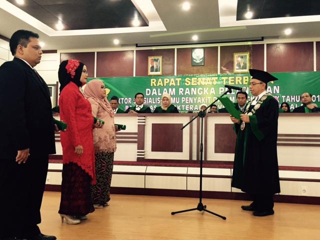 Dekan FK Unsyiah Lantik Tiga Dokter Spesialis