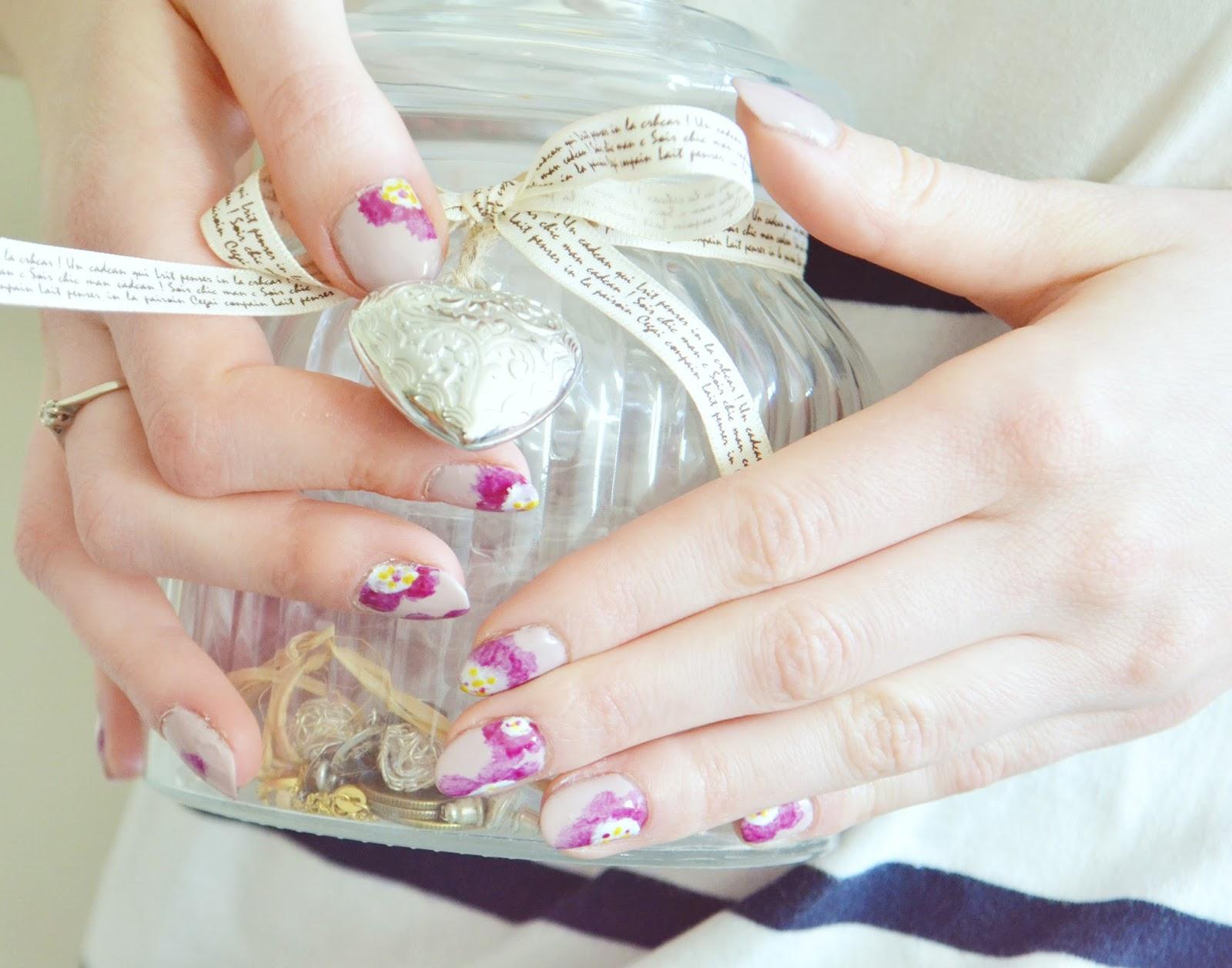 wiosenne paznokcie hybrydowe