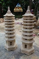 Lampu pagoda batu alam paras jogja atau batu putih
