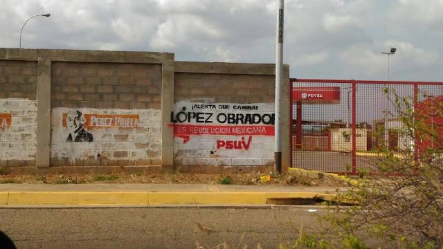 ¡Atención México no caigan en el desastre!: Aparecen en Venezuela grafitis de López Obrador firmados por el Psuv