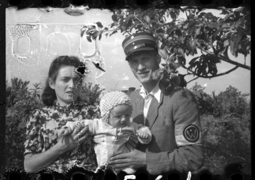 These 32 Pictures Had Been Buried For Years. The Reason Is Heart-Breaking - 1940-1944: A Jewish Policeman With His Wife And Child In Marysin