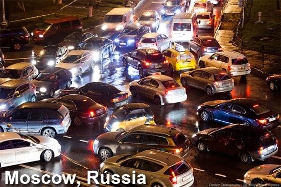 O pior trânsito do mundo em Moscow Rússia