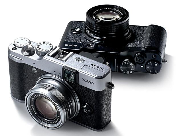 Fotografia della Fuji x20 colore argento e nero