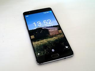 800px-OnePlus_3_A3003.jpg