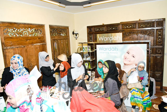 Hijabers Community: WARDAH: Inspiring Beauty