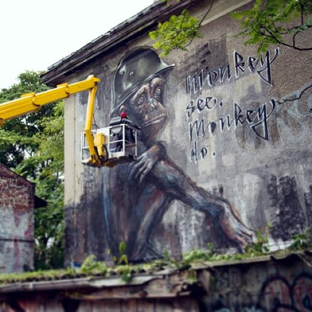 """German Street Art Duo Herakut Newest Mural """"Monkey See, Monkey Do."""" In Berlin. 3"""