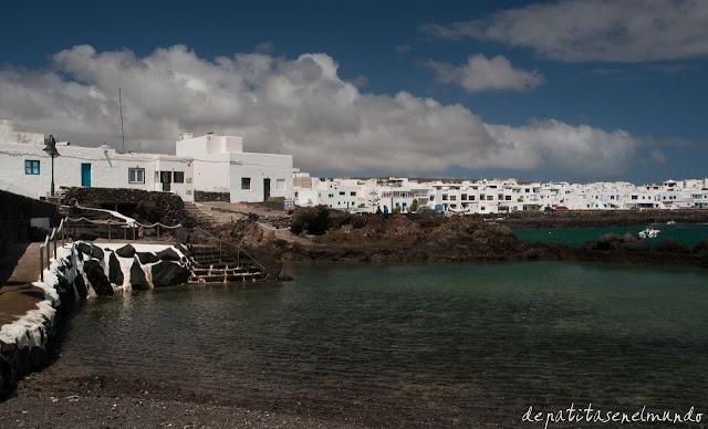 Piscinas naturales en Punta Mujeres Lanzarote