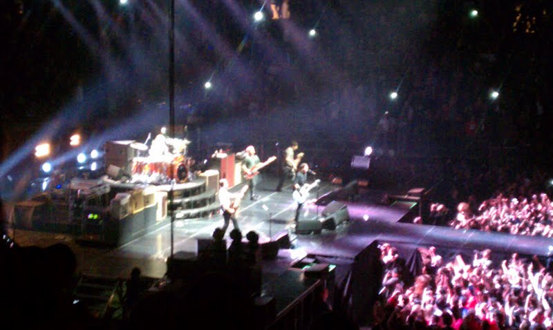 Adventures in the endless pursuit of entertainment the - Foo fighters madison square garden ...