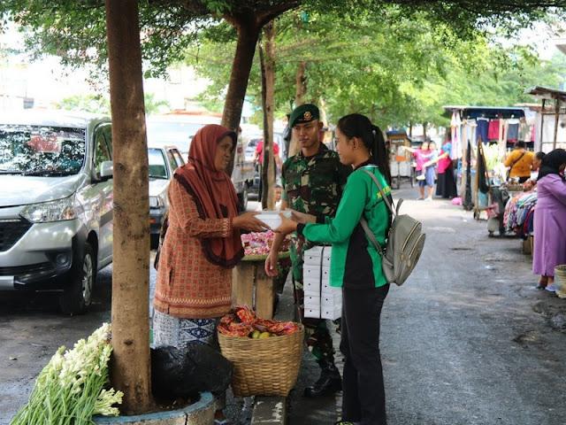 Berbagi Dengan Dhuafa, Prajurit Yonif Mekanis Raider 411 Kostrad Keliling di Kota Salatiga