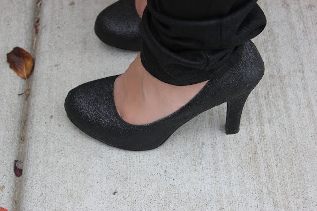 Black Glitter Pumps