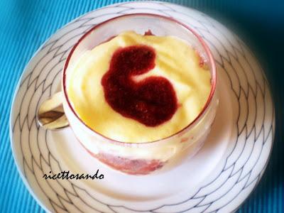 Tiramisù alle fragole ricetta dessert dolce