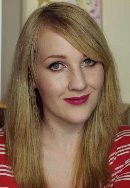 NYX Soft Matte Lip Cream - Prague Swatches & Review