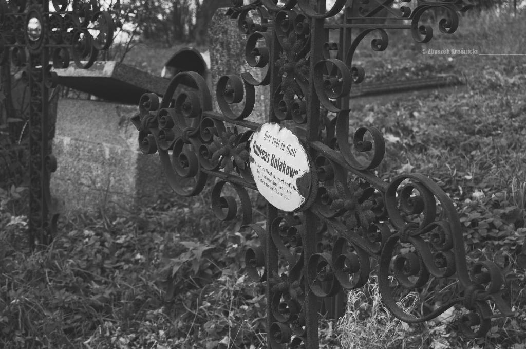 Przystanek Mazury / Stare cmentarze w Kocie, Dębowcu, Małdze
