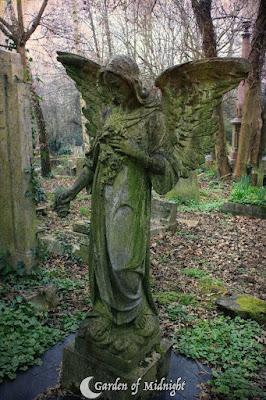 cemetery angel highgate