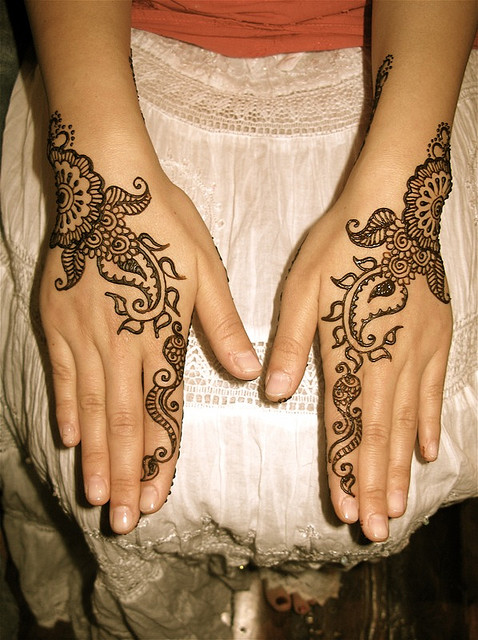 Mehndi simple,Mehndi patterns,Mehendi hands,Henna artwork ...