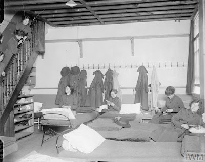 Members of the WAAC in their dormitory at Rouen, 24 July 1917, IWM Non Commercial Licence © IWM (Q 5757)