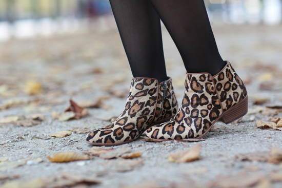 376a21866 I love how this blogger from tokyobanhabao has yet again dressed up the Petty  boot