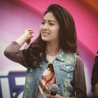 Natasha Wilona Diatas Panggung