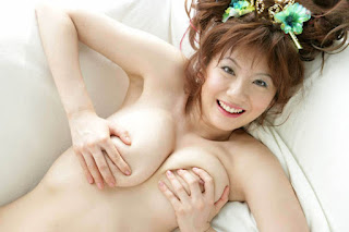 yuma asami hot nude photos 04