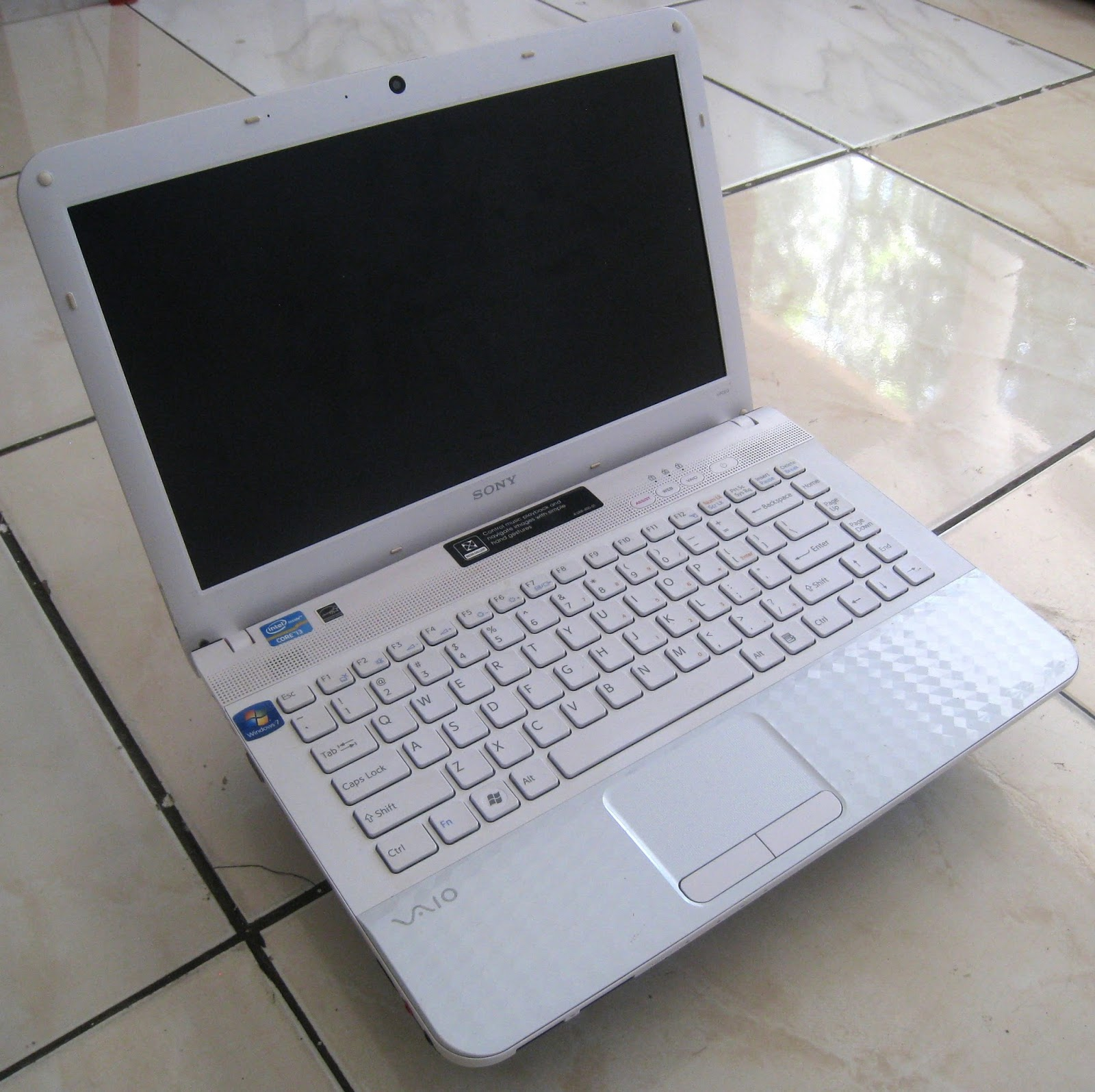 sony vaio laptop. jual sony vaio, laptop 2 jutaan, intel core i3 sandybridge, vaio vpceg1bfx