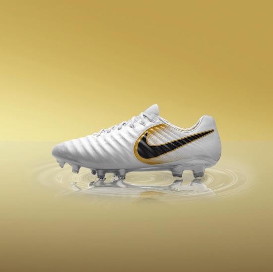 new styles c9305 22737 Stunning Gold Next-Gen Nike Tiempo Legend VII Concept ...