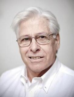 """De 77 años, Percivale fue el primer conductor del exitoso informativo """"Telenoche"""" junto a Mónica Cahen D'Anvers."""
