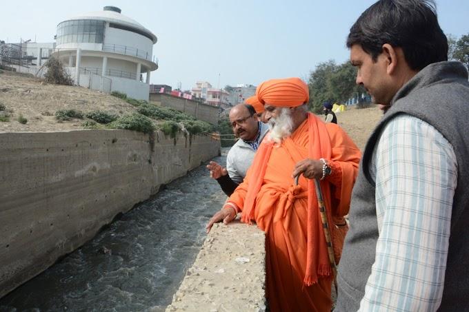 The contaminated waters of Varna and Assi rivers at Varanasi is polluting the river Ganga