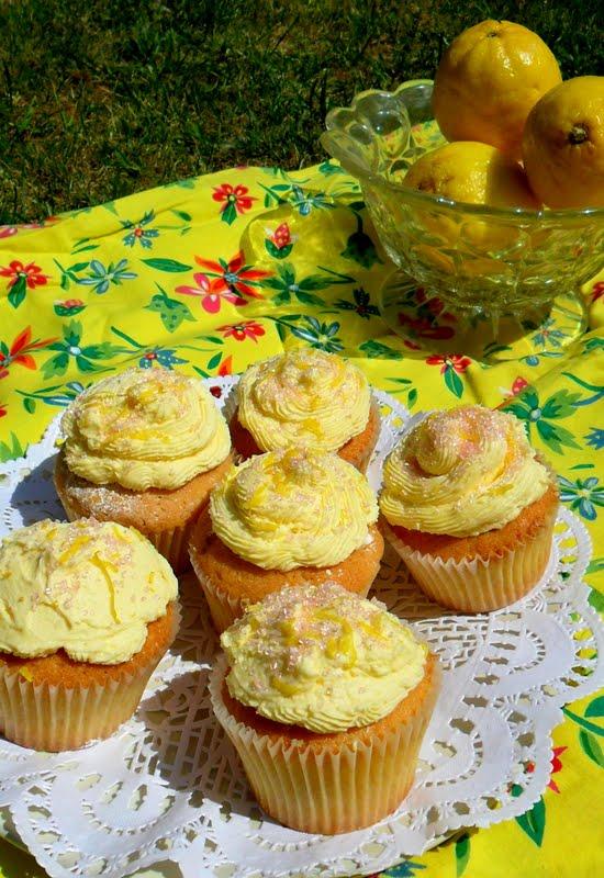Mini Lemon Cakes Sam