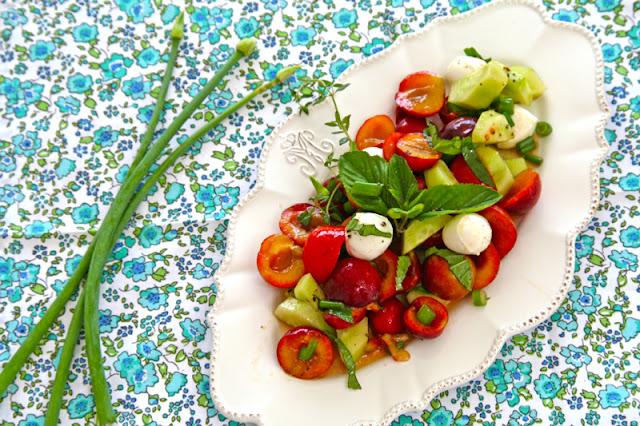 Mirabelle salad- Σαλάτα με κορόμηλα, μοτσαρέλλα και μέντα