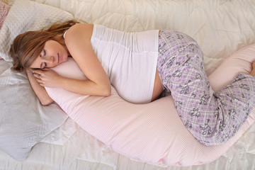 Tips for Healthy Sleep during Pregnancy