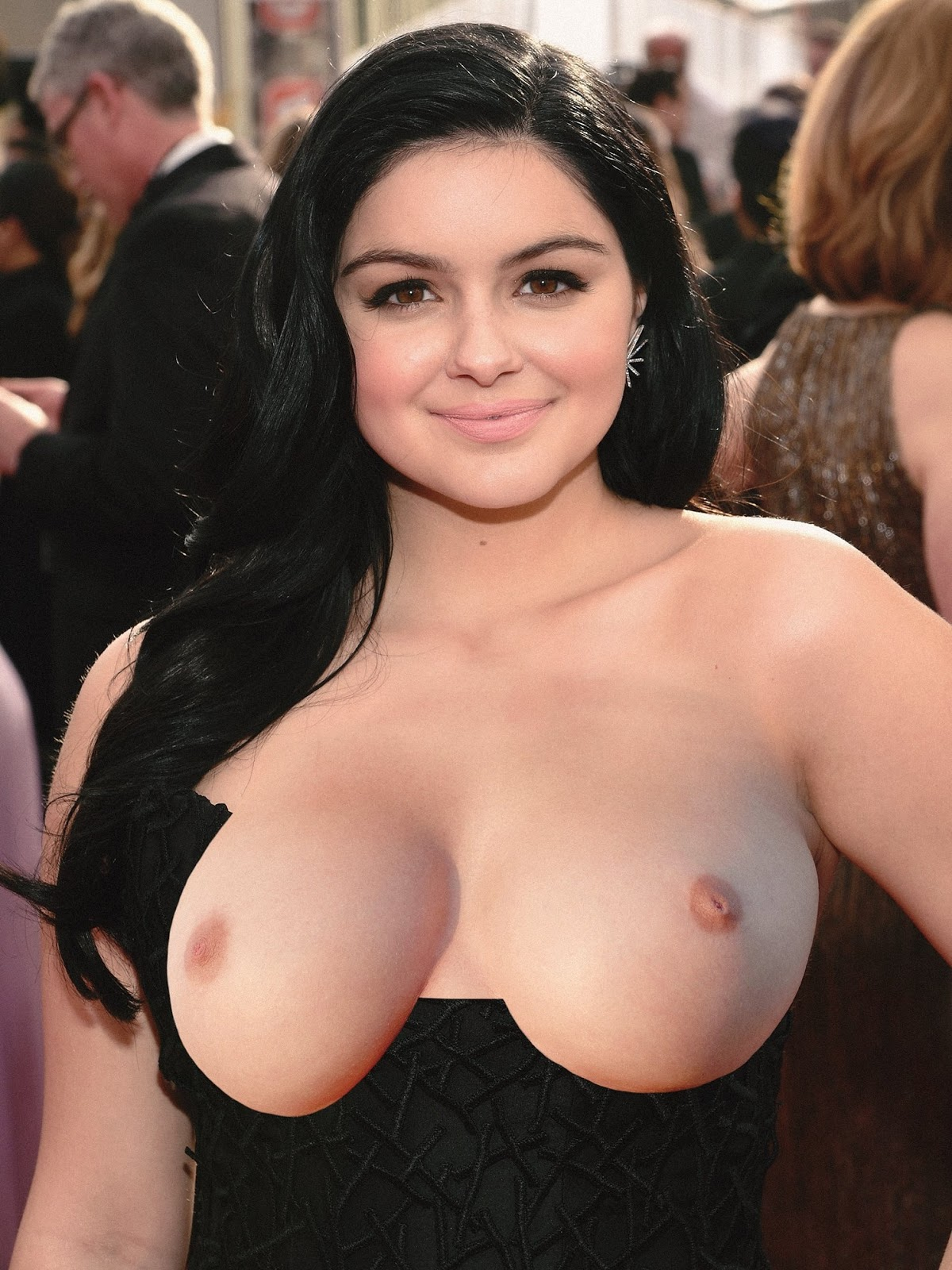 Alleged ariel winter topless limbo vid 8