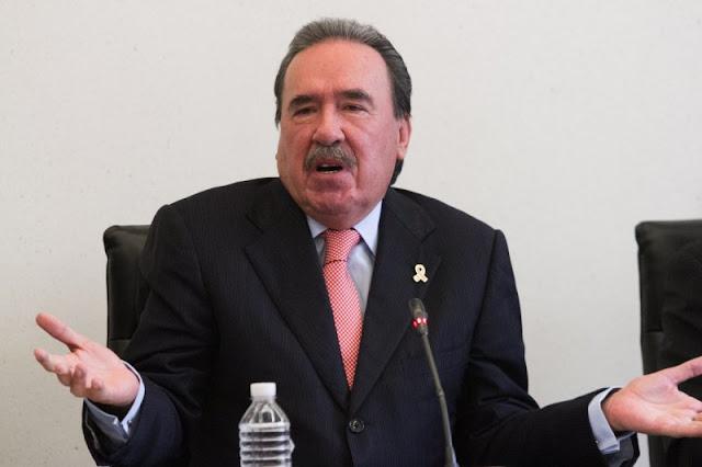 """El PRI """"comprará con 10 millones de pesos""""  voto de senadores para impedir que Nieto sea restituido."""