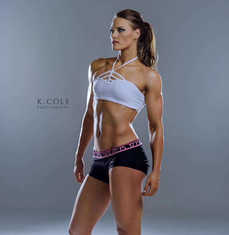 Muscular Women Carli Moreland