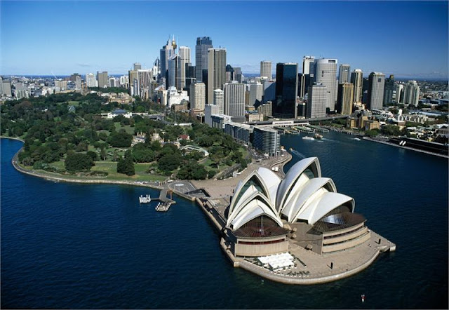 A TRAVEL GUIDE TO THE STUNNING SYDNEY